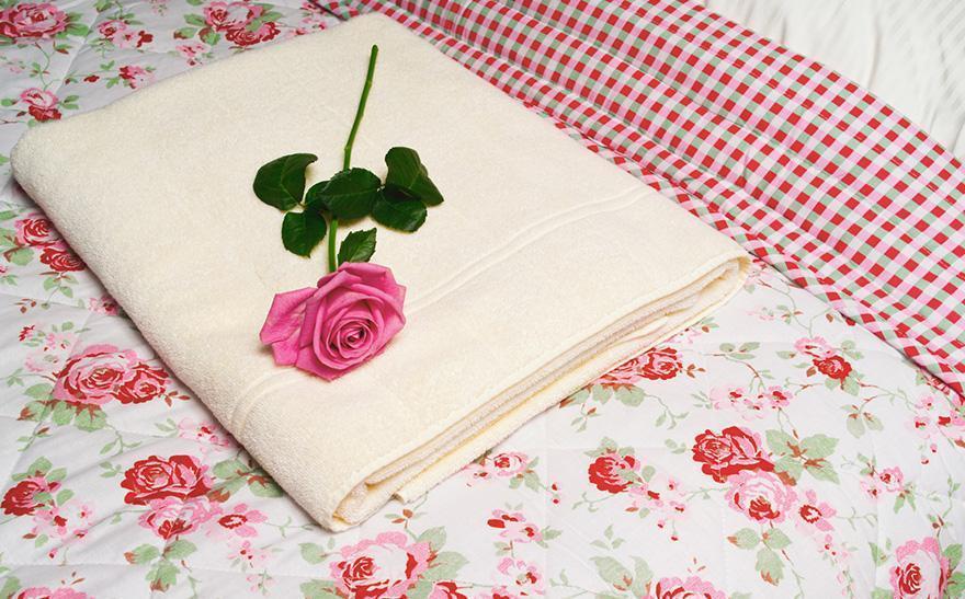 Ręcznik iróża nałóżku
