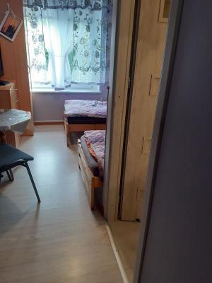 pokój i łazienka 03