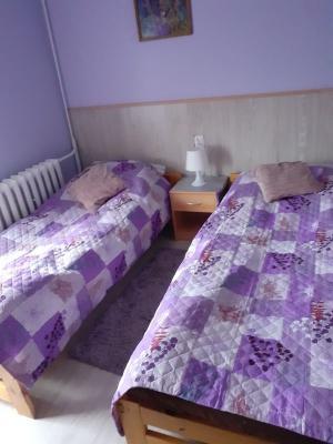 pokój i łazienka 12